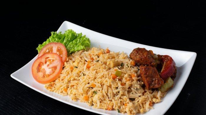 Ilustrasi nasi goreng. Berikut, arti mimpi makan nasi.