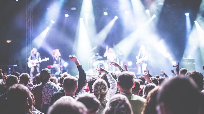 Arti Mimpi Meninggalkan Konser, Tanda Sebuah Peringatan