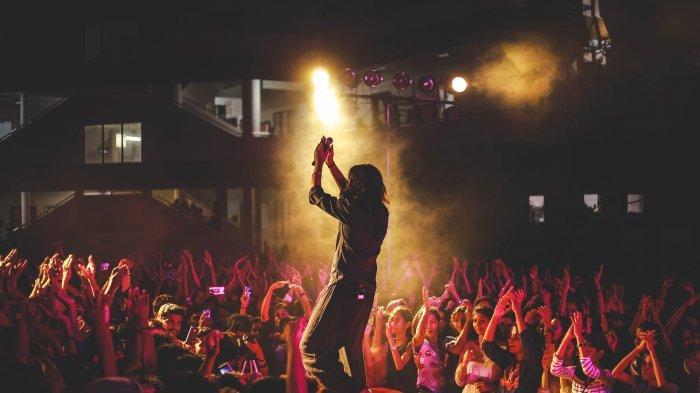 Arti Mimpi Pergi ke Konser, Berisikan Makna yang Baik