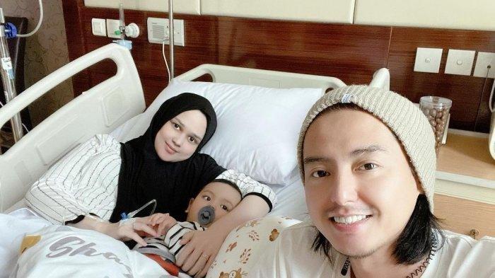 Baby Shaquille Dilarikan ke Rumah Sakit, Cut Meyriska Mohon Doa untuk Sang Anak