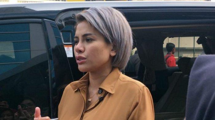 Puluhan Orang Datangi Rumah Nikita Mirzani untuk Minta Uang, Nyai: Gue Panggil Polisi, Gak Urusan!