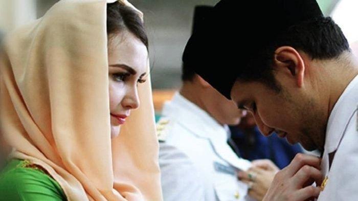 Arumi Bachsin Alami Keguguran Saat Ikuti Sertijab, Sang Suami Emil Dardak Ungkap Penyebabnya.