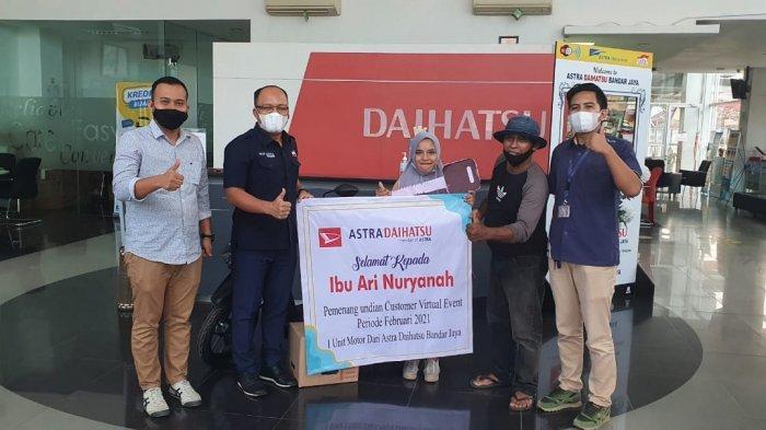 Astra Daihatsu Cabang Bandar Jaya Lampung Serahkan Sepeda Motor kepada Customer Sigra
