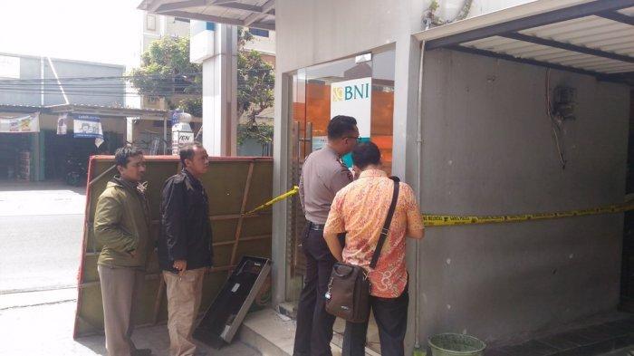 BREAKING NEWS - ATM Rumah Kayu Bandar Lampung Dibobol
