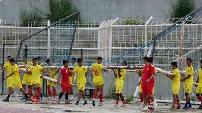 Ilustrasi. Terus melakukan persiapan, rencananya, skuad Badak Lampung FC akan mulaimenggelar latihan perdana jelang gelaran Liga 2 2021.