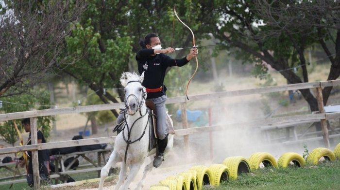 Cerita Atlet Panahan Berkuda asal Metro Lampung Torehkan Prestasi di Turki