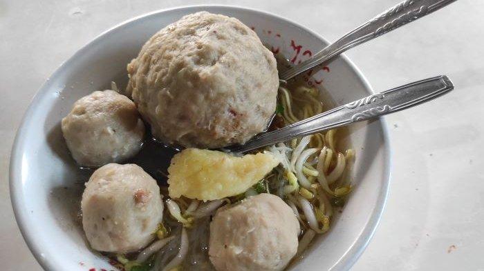 Kuliner Lampung, Bakso Pak Salim di Kaliawi Bandar Lampung Ada sejak 1974