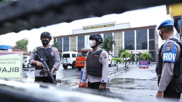 Pasca Baku Tembak di Mabes Polri, Mapolresta Bandar Lampung Dijaga Personel Bersenjata Lengkap