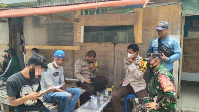Babinsa Koramil 410-01/Panjang Bantu Selesaikan Permasalahan Antar Warga di Ketapang