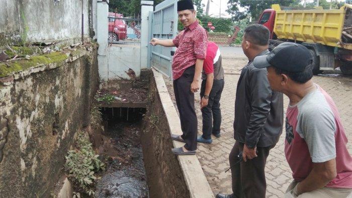 Ternyata Ini Penyebab Banjir di Depan Kampus STIE Satu Nusa