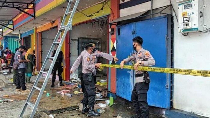 Polisi Selidiki Penyebab Bank Lampung Kota Agung Terbakar