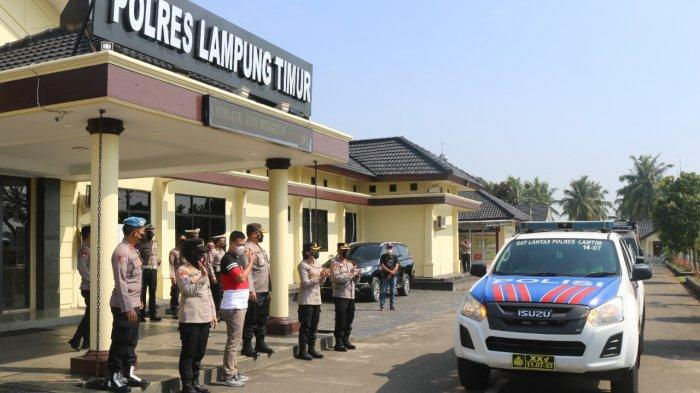 Kapolres Lampung Timur Lepas Bansos dari Yayasan Fudail Jana Utama
