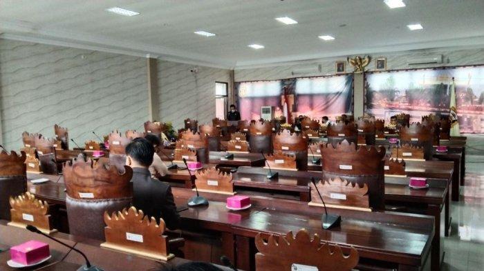 Banyak Kursi Kosong saat Rapat Paripurna DPRD Bandar Lampung, Ternyata Ini Penyebabnya