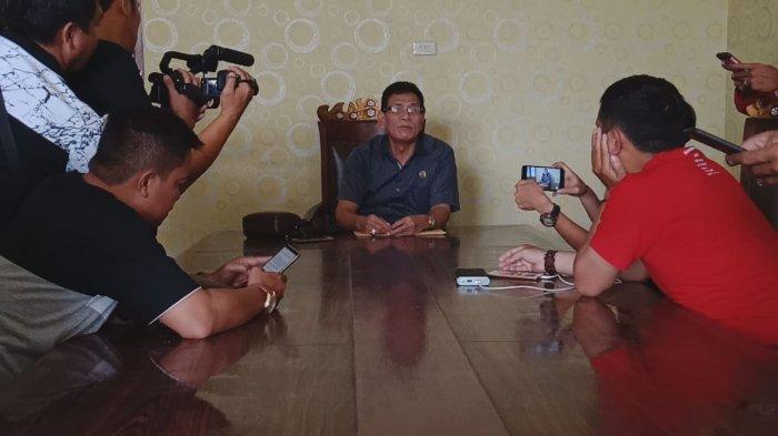 Barlian Mansyur Mengaku Diperintahkan Buang 'Sampah' di TPS Dekat Rumah Arinal