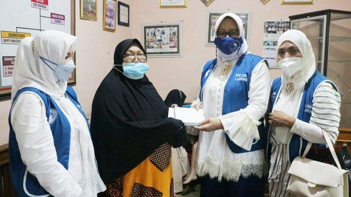 Berbagi Sadaqoh, DPD IWAPI Lampung Santuni Anak Yatim, Kampung Tuna Netra, Dhuafa dan Rumah Tahfiz