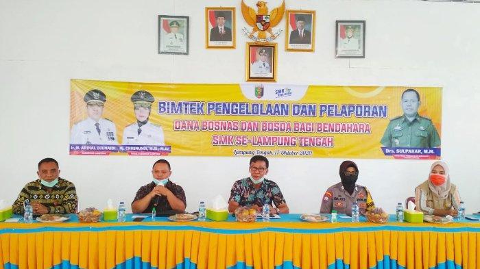 Beri Pembekalan ke Bendahara Sekolah, MKKS SMK Lampung Tengah Gelar Bimtek