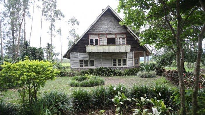 Tempat Wisata di Bandung, Rumah Pengabdi Setan di Bukit Pangalengan