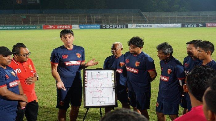 Perseru Badak Lampung vs Persib Bandung, Milan Himbau Skuatnya Agar Tak Ulangi Kesalahan Sama