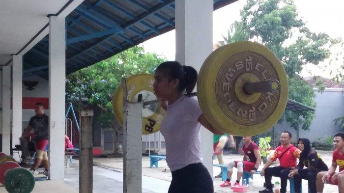 Kontingen Angkat Besi Lampung Sabet 24 Medali di Kejurnas Angkat Besi Bandung 2018
