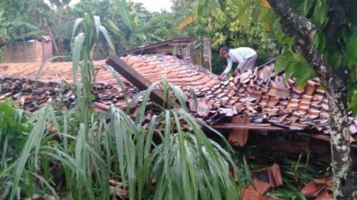 BPBD Sebut 33 Bangunan Terdampak Angin Puting Beliung di Pringsewu