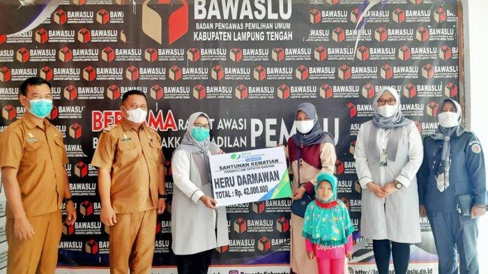 BPJamsostek Berikan Santunan Jaminan Kematian Kepada Ahli Waris Pengawas Kecamatan