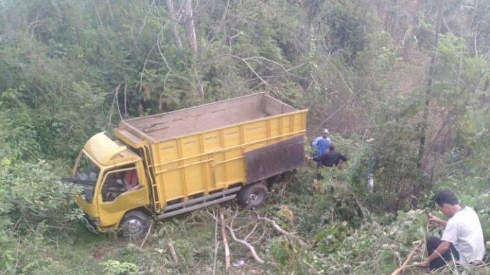 Truk Berisi 22 Penumpang Masuk Jurang Seusai Ambil BLT, Warga Abung Timur Tewas