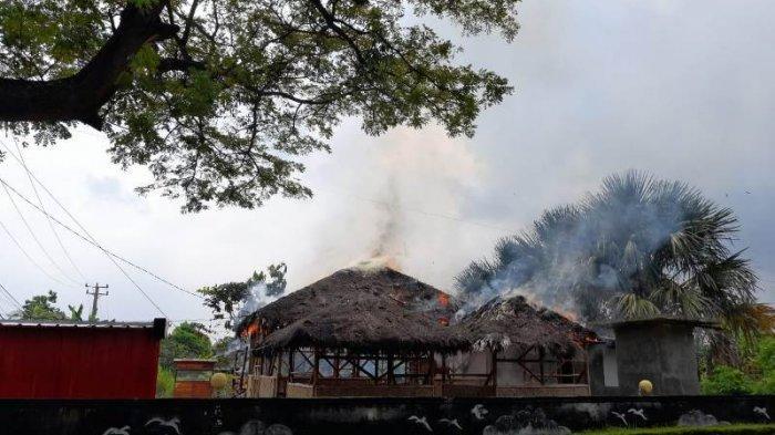 BREAKING NEWS Mini Cafe Epipani di Lampung Selatan Ludes Dilalap si Jago Merah