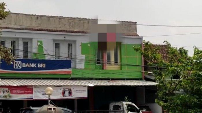 BREAKING NEWS Pekerja Bangunan Tewas Kesetrum saat Mengecat di Kantor Bank di Lampung Selatan