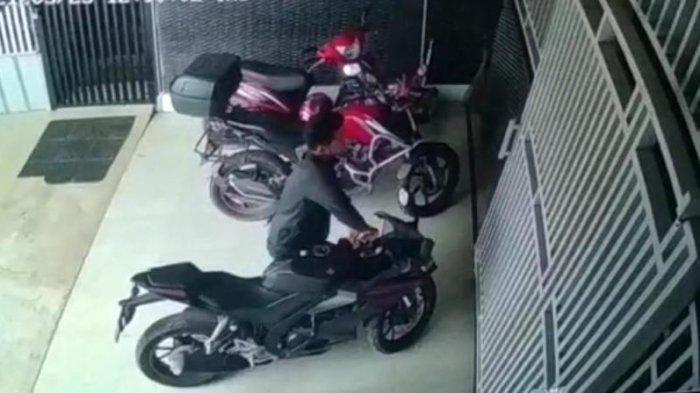 BREAKING NEWS Pelaku Curanmor Incar Motor Sport, Yamaha R15 Milik Warga Pringsewu Raib di Parkiran