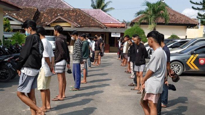 Polisi Amankan 32 Remaja yang Terlibat Aksi Tawuran Perang Sarung di Bandar Lampung