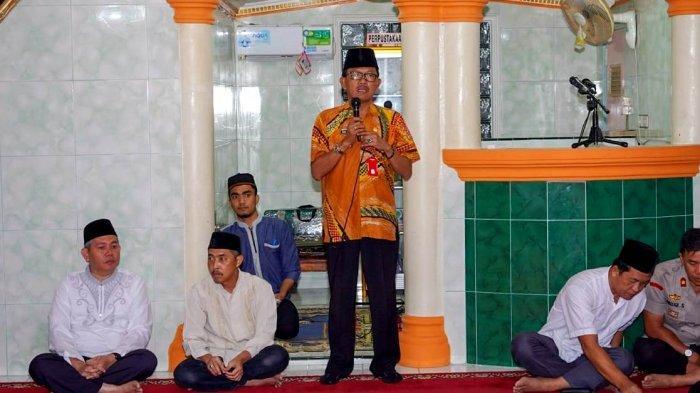 Bupati Pesisir Barat Menerima Jama'ah Haji Kabupaten Pesisir Barat Tahun 2019 M / 1441 H
