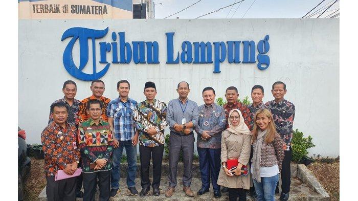 Bupati Lampung Barat Parosil Mabsus Ingin Kopi Robusta Tetap Berkualitas