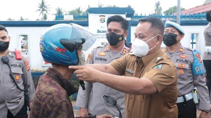 Bupati-Kapolres Lampung Selatan Tinjau Pelaksanaan Operasi Patuh Krakatau 2021 di Kalianda