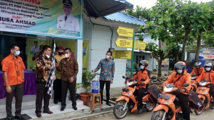 Bupati Lampung Tengah Musa Ahmad Gandeng PT Pos Mudahkan Pelayanan di Disdukcapil