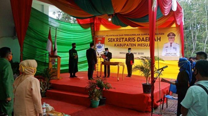 Bupati Mesuji Lantik Kepala Dinas Pendidikan dan Kebudayaan Sebagai Sekretaris Kabupaten