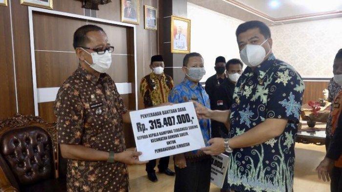 Bupati Lampung Tengah Musa Ahmad Bantu 4 Kampung Terdampak Bencana Alam