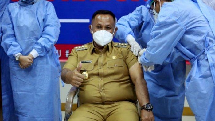Bupati Nanang dan Sejumlah Forkopimda Jalani Vaksinasi Covid-19 Tahap Kedua di RSUD Bob Bazar