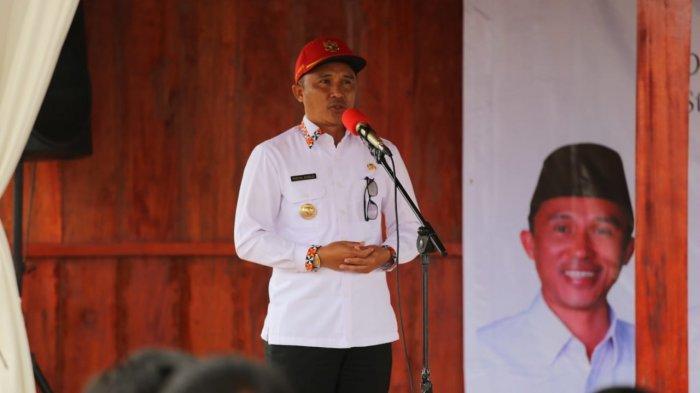 Bupati Parosil Ajak Masyarakat Sukseskan Vaksinasi Covid-19 di Lampung Barat