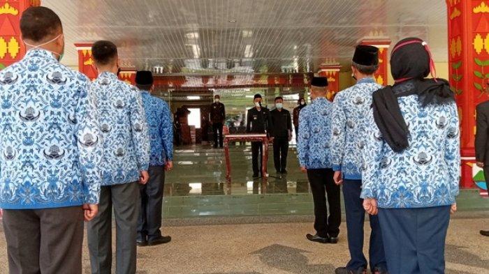 Bupati Parosil Mutasi Pejabat Eselon III dan IV di Lingkungan Pemkab Lampung Barat