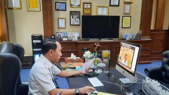Bupati Way Kanan Lampung Raden Adipati Surya Buka Pelatihan Pembuatan Video Pembelajaran