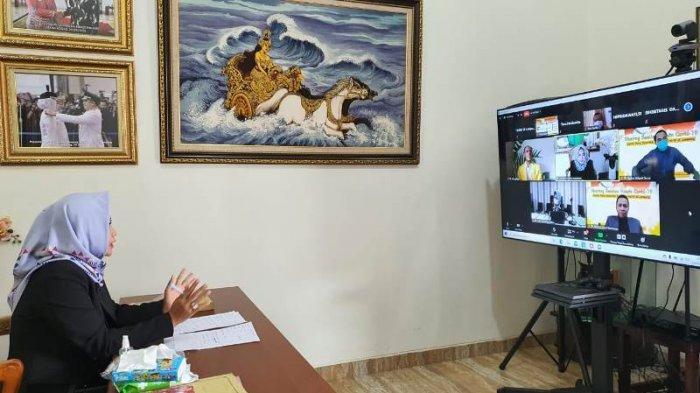 Bupati Tulangbawang Winarti Berbagi Cerita Seusai Divaksinasi pada Sharing Session Vaksin Covid-19