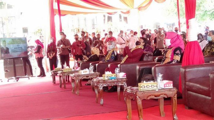 Bupati Winarti Pastikan Pelayanan Perizinan di MPP Tulangbawang Gratis