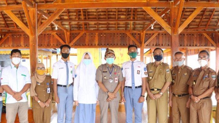 Agus Istiqlal Lepas Tiga Siswa SMA Pesisir Barat Lampung Calon Paskibraka Nasional dan Provinsi