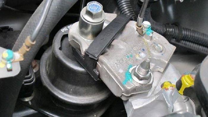 Cara Mengenali dan Mengecek Engine Mounting Sebelum Beli Mobil Bekas
