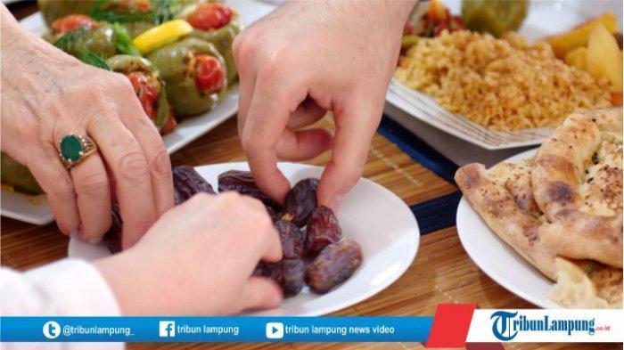 Apakah Mencicipi Makanan Saat Puasa Bisa Batalkan Puasa