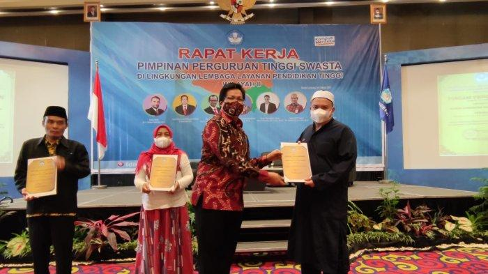 The Best, IIB Darmajaya Sabet 8 Penghargaan Terbaik LLDikti Wilayah 2 Sumbagsel