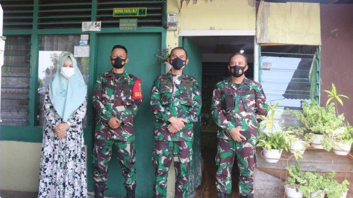Jalin Silahturahmi TNI, Romas Herlandes Kunjungi Anggota Babinsa Koramil 410-04/TKT