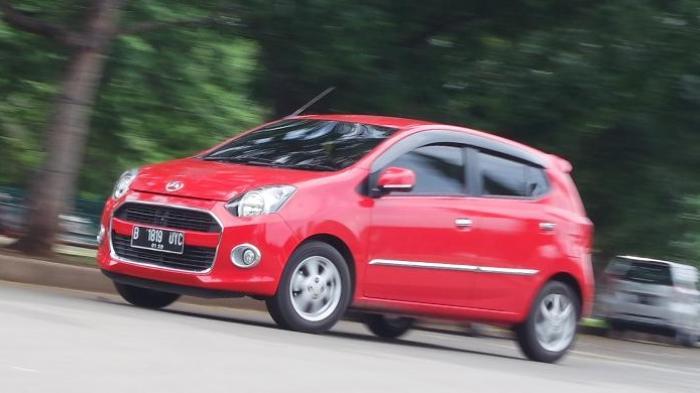 Info Mobil Terbaru, Berikut Kelebihan dan Harga Mobil Bekas Daihatsu Ayla