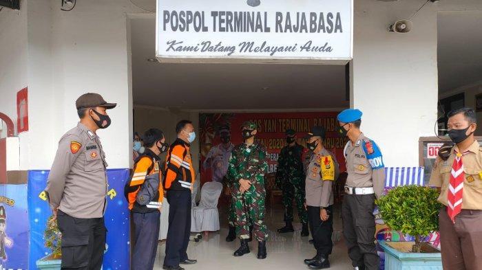 Dandim 0410/KBL Kolonel Inf Romas Herlandes Tinjau Lokasi Pos Pengamanan Natal dan Tahun Baru