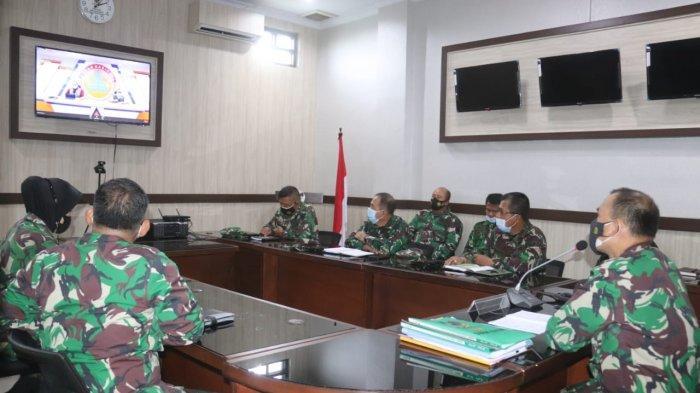 Kolonel Inf Romas Herlandes Ikuti Rakor Satuan Tugas Penanganan Covid-19 Secara Virtual